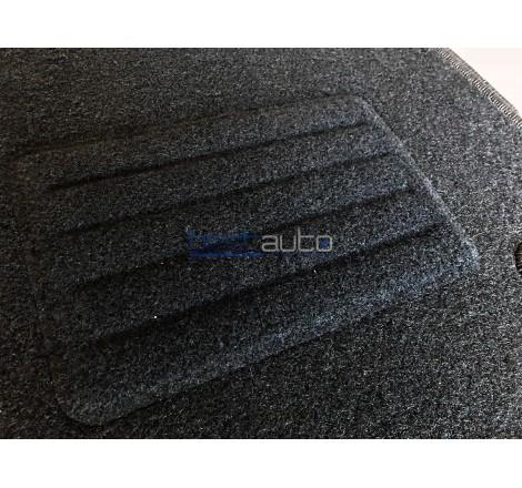 Мокетни стелки Petex за Chrysler Voyager (2001-2008)