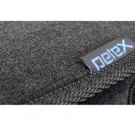 Мокетни стелки Petex за VW BEETLE (1998-2011) Lux материя с овални отвори