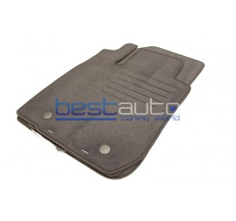 Мокетни стелки Petex за Dacia Duster 4x4 (2010-2013)